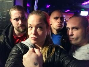 Shawn Beauvais MacDonald, Véronique Stewart, David Leblanc et Martin Minna, suite à une action d'affichage de banderoles racistes à Montréal, en janvier 2018.