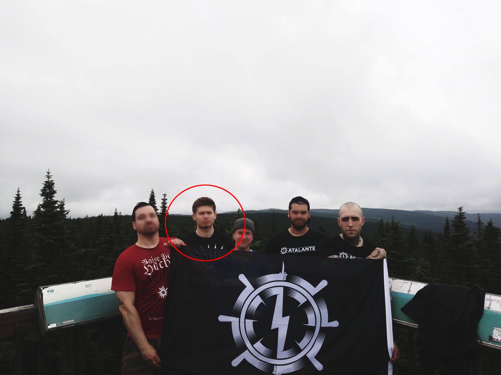 Baptiste Gilistro en randonnée avec d'autres militants d'Atalante, en juillet 2018.