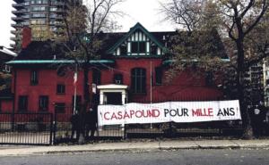 Banderole d'Atalante en soutien à CasaPound devant le consulat général d'Italie à Montréal, le 30 octobre 2018.